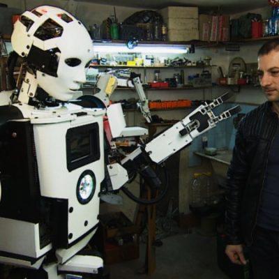 Български инженер създаде първия хуманоиден робот у нас
